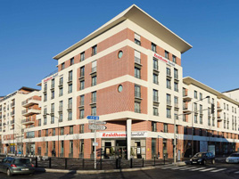 Hotel type residence paris evry hotel in evry for Location appart hotel paris